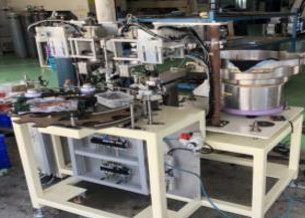 AUTOMATIC PARTS ASSEMBLY MACHINE